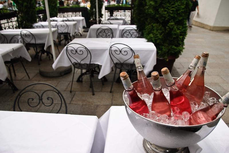 Outdoor rose wine event